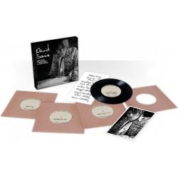 David Bowie – Spying Through A Keyhole